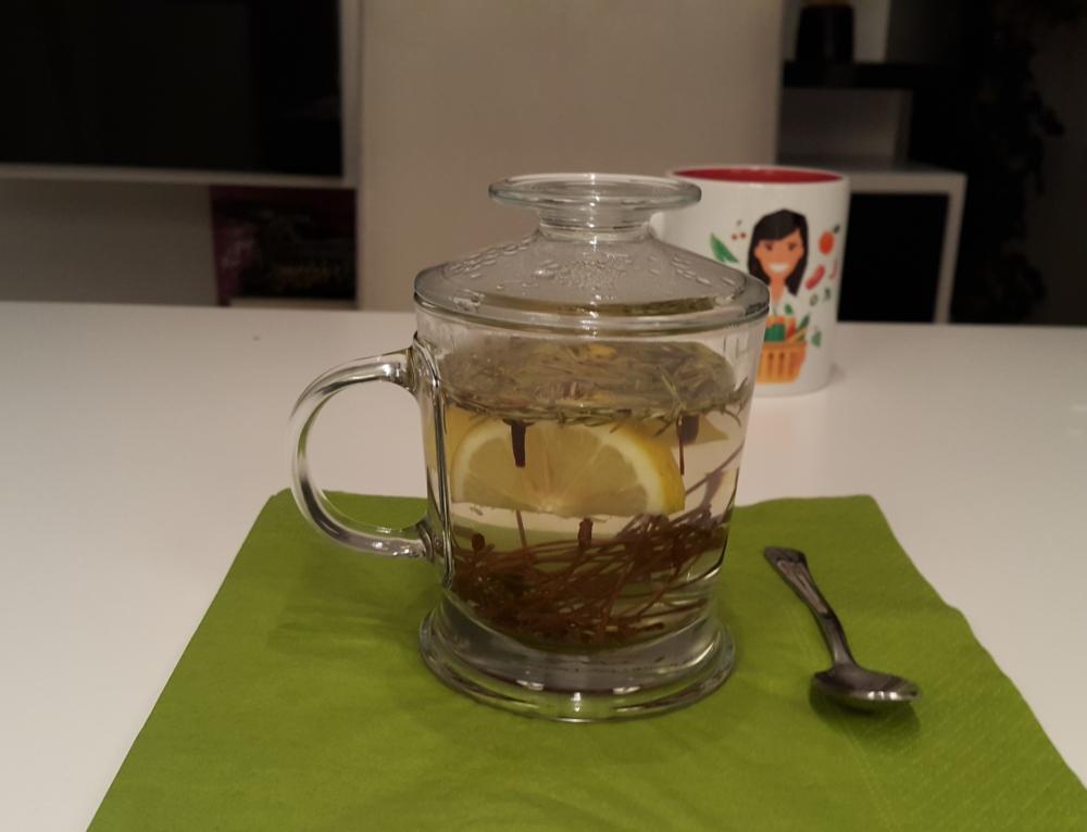 Ödem Atan Kiraz Saplı Çay