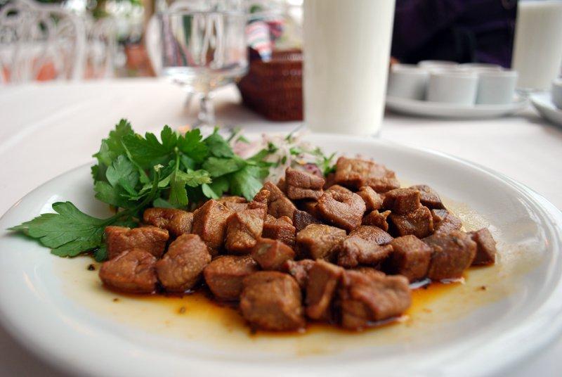 Demir içeren besinler - demir deposu karaciğer yemeği